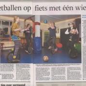 Eenwielbasketballers in de krant